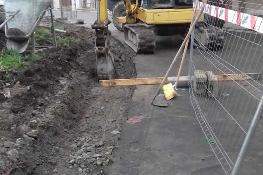 Construcción de bordillos y cunetas