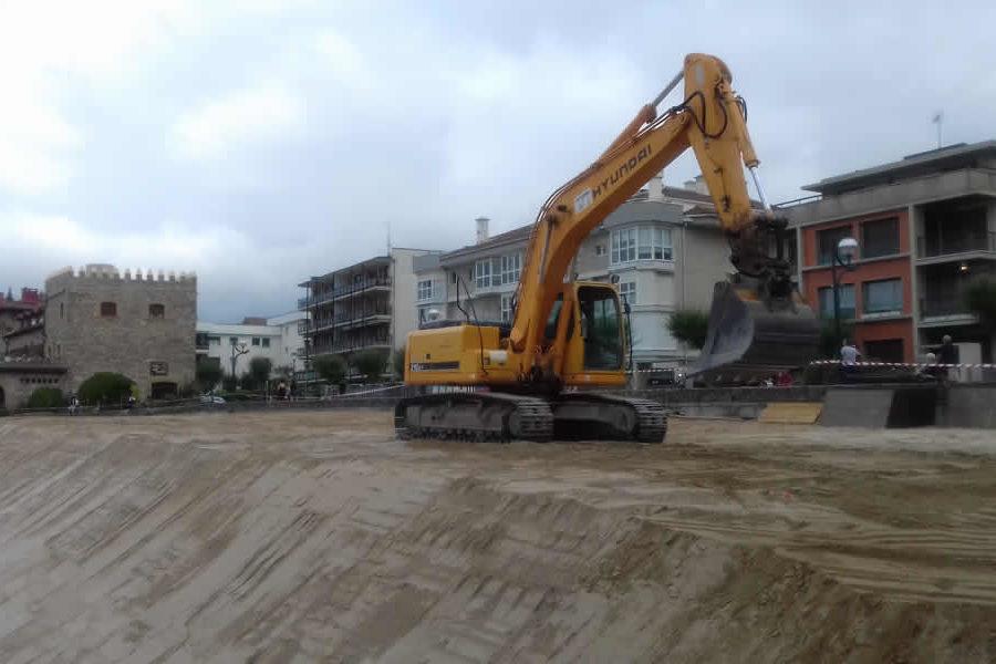 Construcción de pista de boley ball en Zarautz