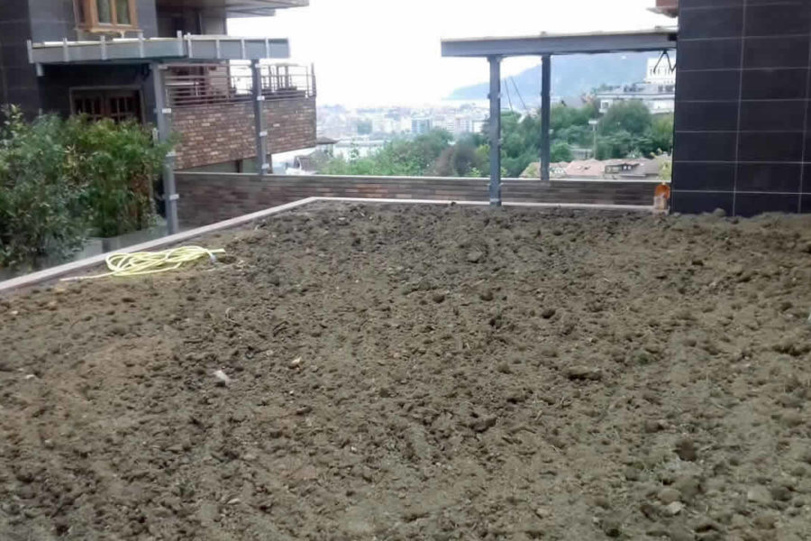 Tierra vegetal en jardín de Donostia-San Sebastián