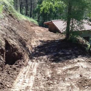 Excavación y construcción de pistas de acceso a bordas en Gipuzkoa