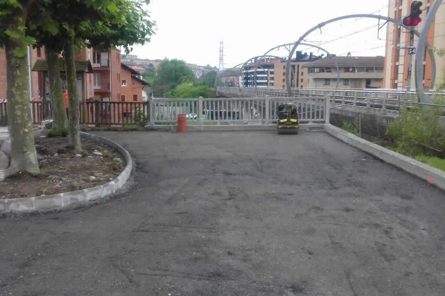 Urbanizacion con excavadoras en Oiartzun